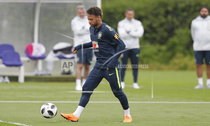 Neymar left out of main Brazil team at World Cup camp