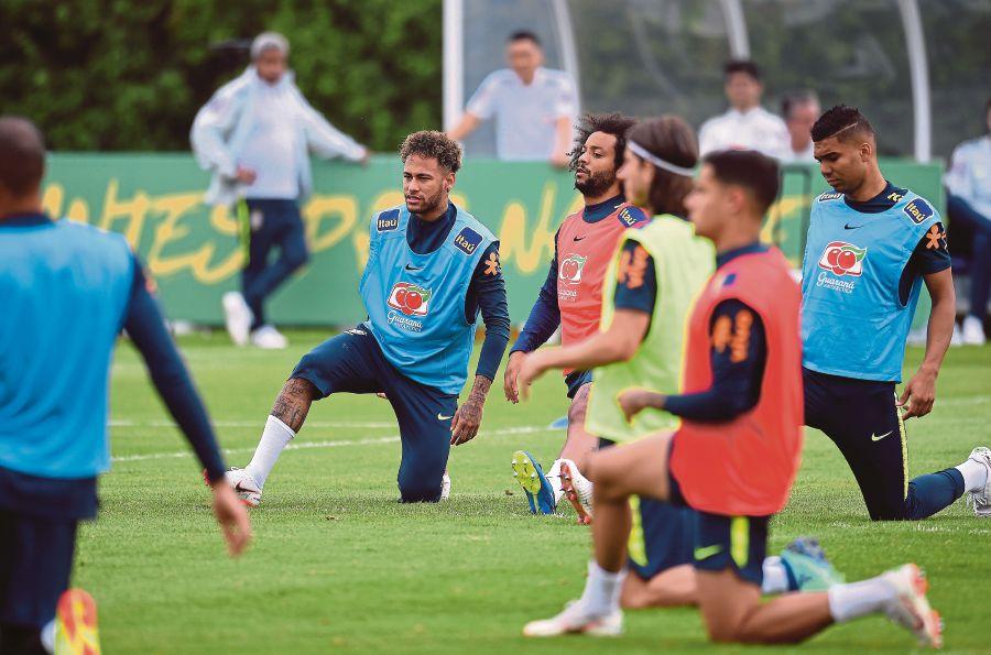 Neymar fitness in the spotlight as Brazil face Croatia