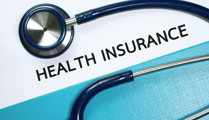 Experts for introducing  national health insurance
