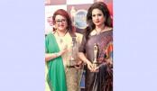 Bobita, Champa honoured in Kolkata