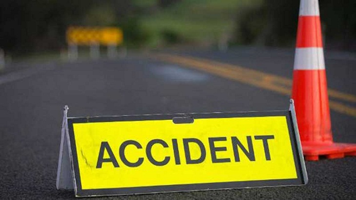 10 killed in road crashes across country