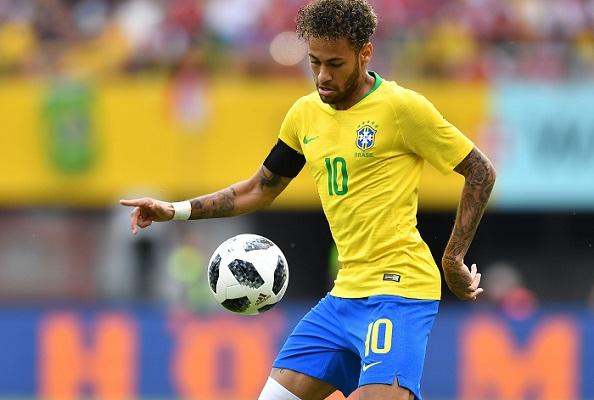 Neymar scores stunner for Brazil as Ronaldo trains in Russia
