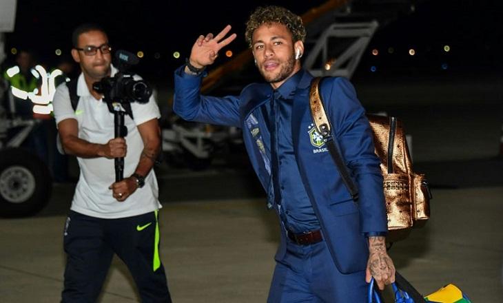 Focus on Neymar as Brazil arrive in Russia