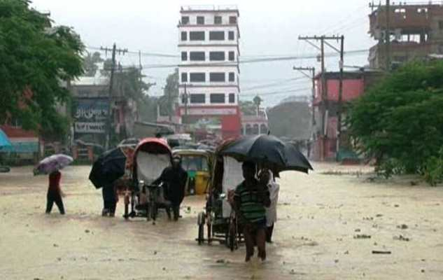 Incessant rain causes flood in 3 upazilas of Chattogram