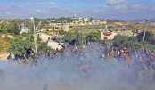 Israel police evict wildcat settlers as deadline looms