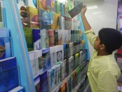 Exchange of Eid Cards: A tradition fading away