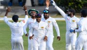 Sri Lanka refuse to take field after umpires query ball