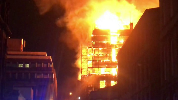 Glasgow fire: Art school's Mackintosh building ravaged