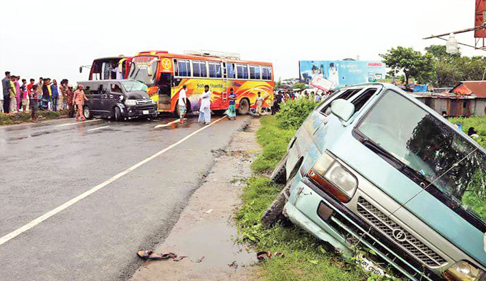 Eight lives lost in road accidents