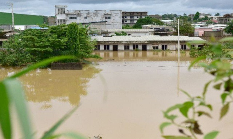 At least 18 dead in Ivory Coast floods