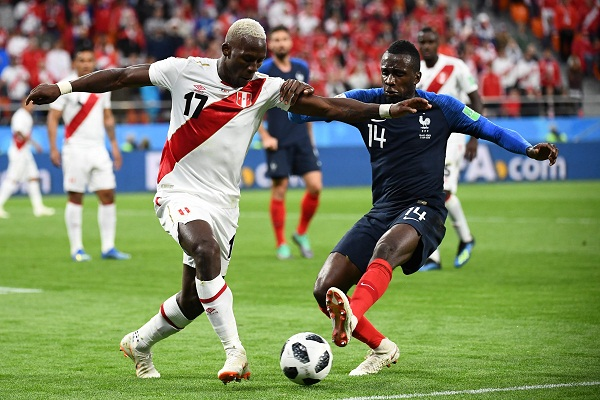France into last 16 in World Cup beating Peru