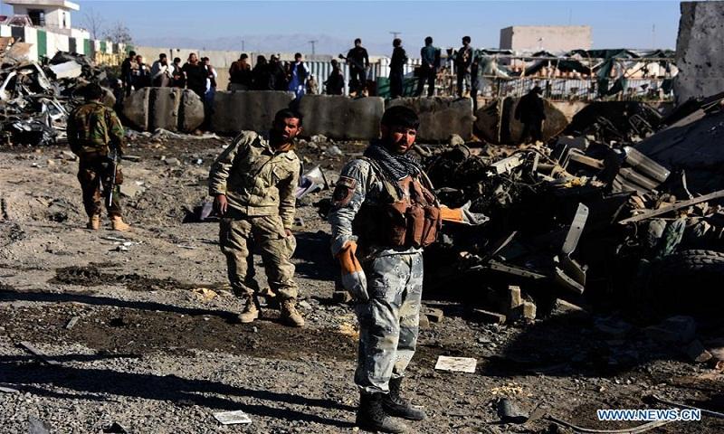 Afghan official says Taliban kill 8 police