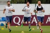 Pressure on Messi against Croatia after Ronaldo scores again