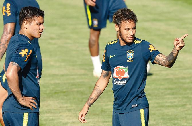 Neymar cursed me a lot, says 'sad' Thiago Silva