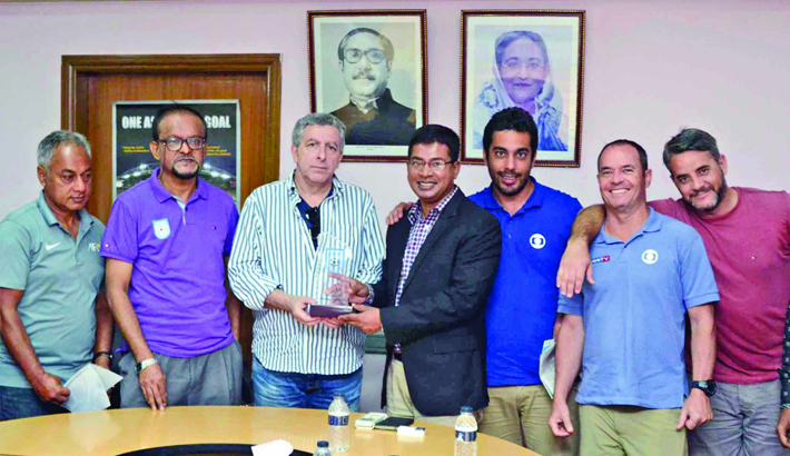 Globo TV to make documentary on Bangladeshi Brazil supporters