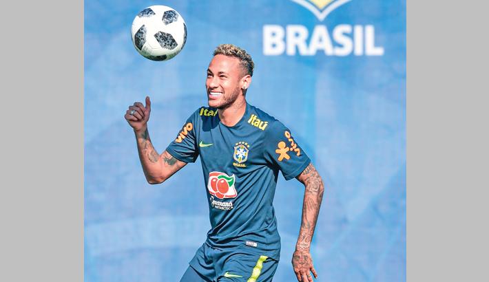 Neymar entitled to feel upset, says Fagner