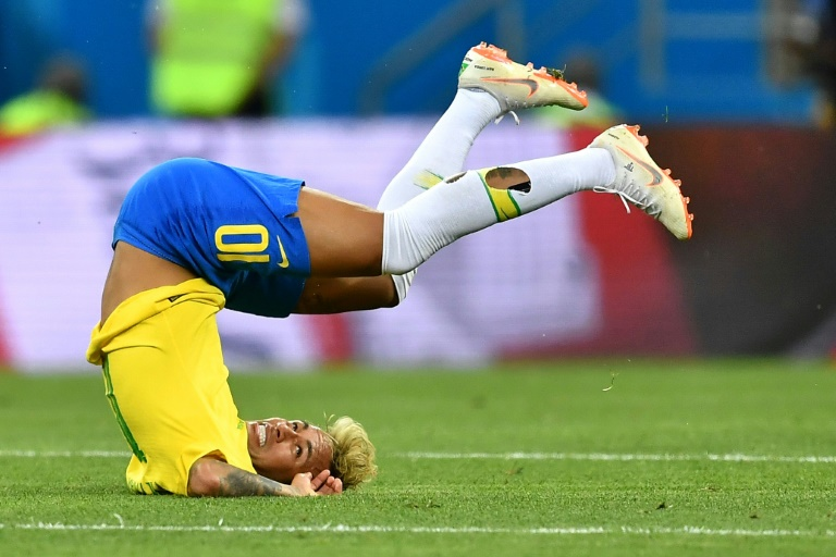Bar offers free shots every time Neymar falls during world cup matches