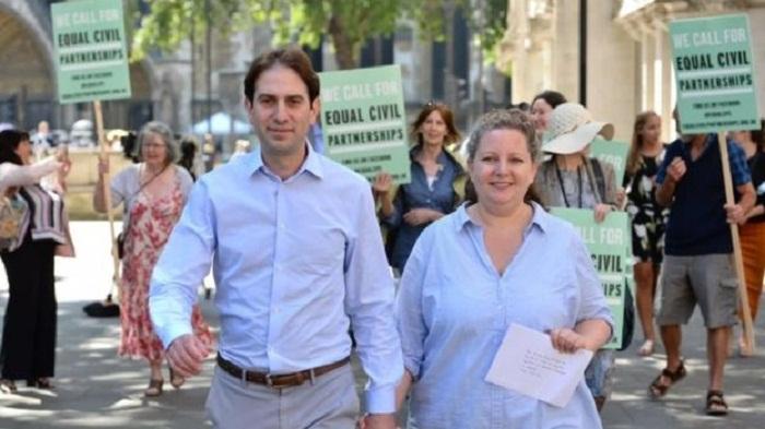 Heterosexual couple win civil partnership case