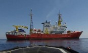 Migrant crisis: EU summit leaders reach migration deal after marathon talks