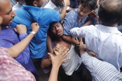 6 quota reform movement leaders injured in 'BCL attack' at Dhaka University
