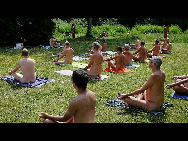 After nude yoga, French nudists to go buff at theme park