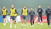 Coach's gamble piles pressure on England