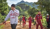 Thai divers advance as cave search for lost boys gains ground