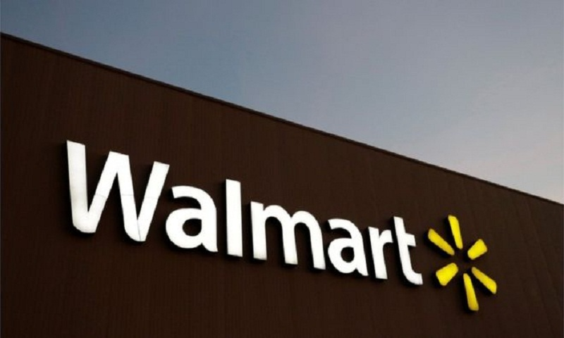 Walmart removes 'Impeach Trump' apparel after boycott threats