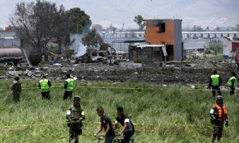 Mexico fireworks: Tultepec warehouse blasts kills 24