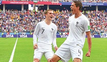 France, Belgium into WC semis