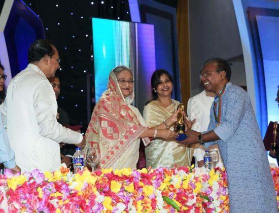 Prime Minister  distributes National Film Award
