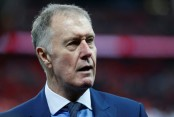 England can win World Cup, says 1966 hat-trick hero Hurst