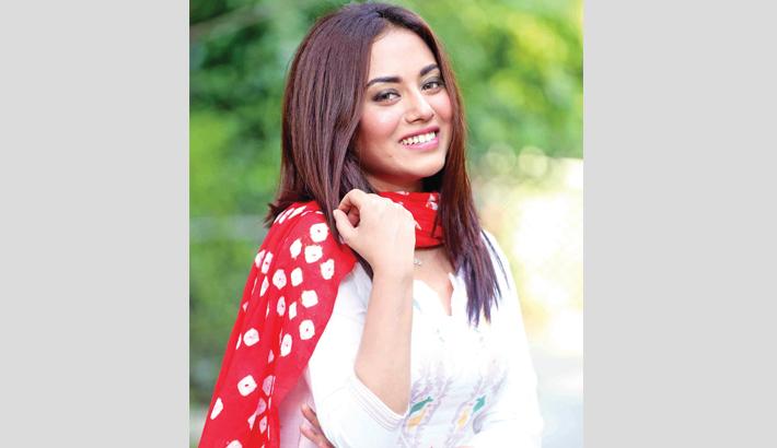 Tama Mirza stars in Jhum