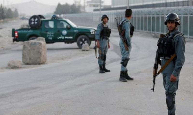 Roadside bomb kills 5 civilians