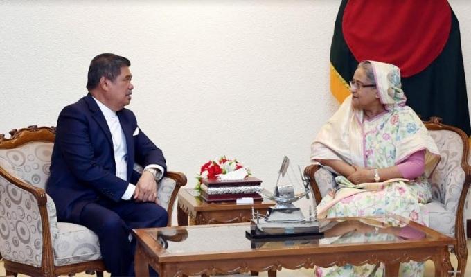 Dhaka-Kuala Lumpur  defence training deal soon: Malaysian minister