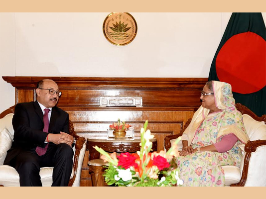 Indian envoy calls on Prime Minister
