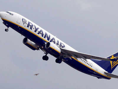 33 passengers treated after pressure drop on Ryanair flight