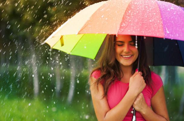5 monsoon makeup tips