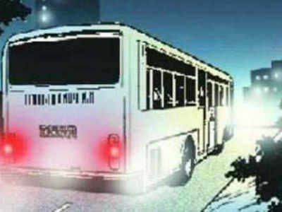 Truck hits bus carrying wedding party, killing 15 Pakistanis