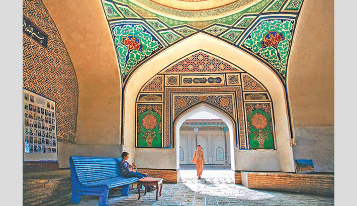 Travel to Fergana in Uzbekistan, land of emperor Babur