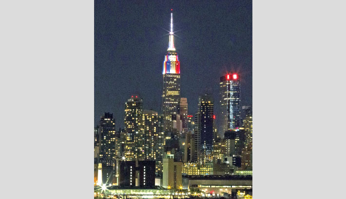 The Empire State Building is lit in honour to the champions France