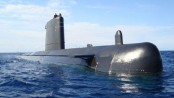 Spain's new submarine 'too big for its dock'