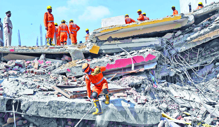 3 killed, 12 missing in Indian building collapse