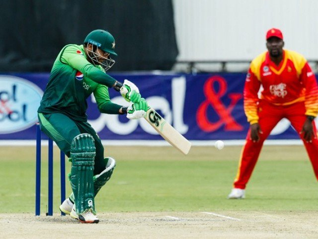 Pakistan set Zimbabwe 365 runs target in 5th ODI