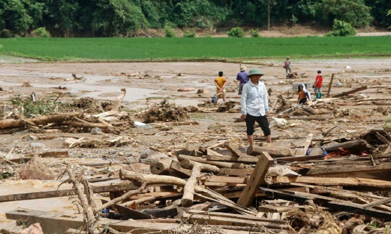 Storm Son Tinh kills 20, leaves 16 missing in Vietnam