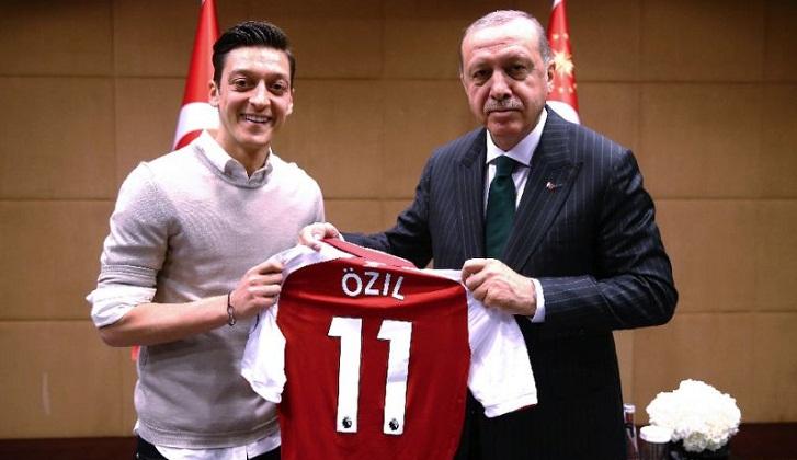 Ozil's resignation sparks Germany racism storm as Ankara cheers
