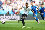 Turkey hails 'goal against fascist virus' after Ozil quits Germany side