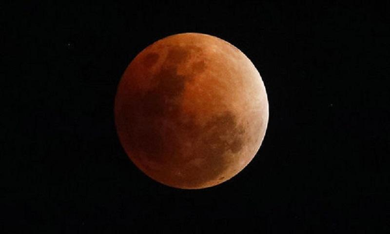 Bangladesh witnesses longest luner eclipse