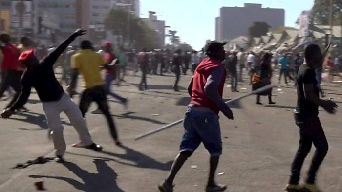 Troops fire on Zimbabwe's MDC Alliance supporters, kills 3