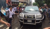 Students manage traffic as protests continue for 5th day